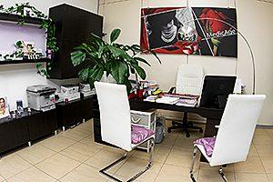 Interno-studio-medico-Savigliano-scrivania